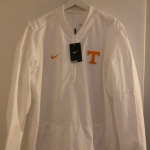 Nike Brand University of Tennessee Vols Pullover